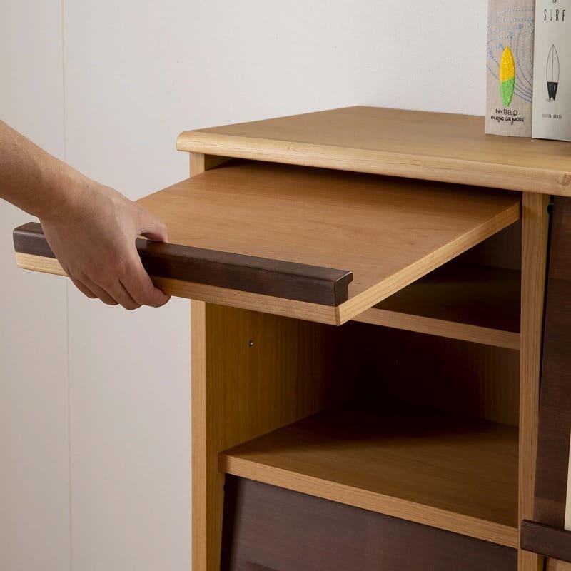 :開け閉め簡単フラップ扉