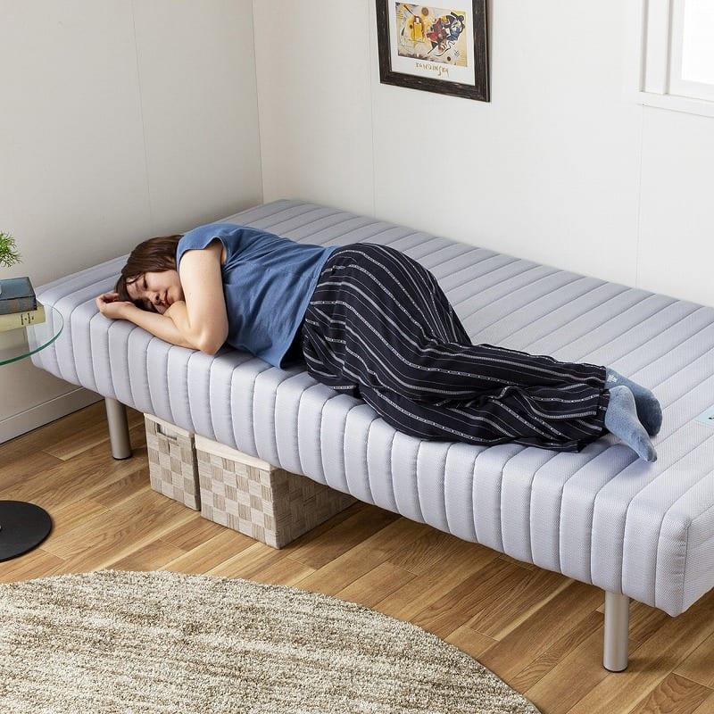 フランスベッド セミダブルベッド ミハシー 脚高250mm(ブルー):端までしっかり