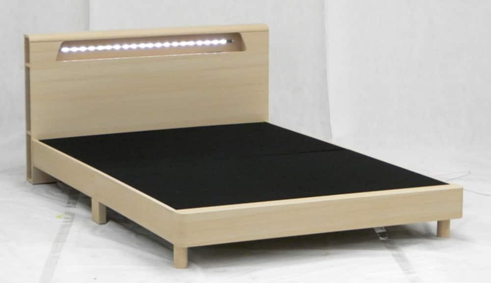 ダブルフレーム ドーバー NA:ヘッドボードにはLED照明が付いております
