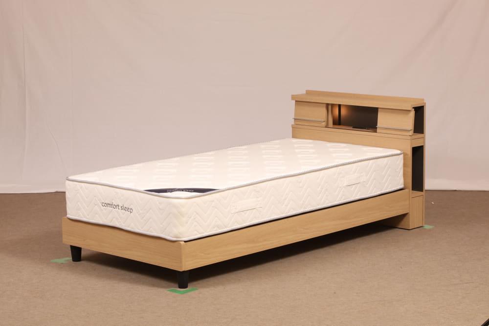 セミダブルフレーム NS−001 ST:間接照明でモダンな印象を与えるヘッドボードデザイン