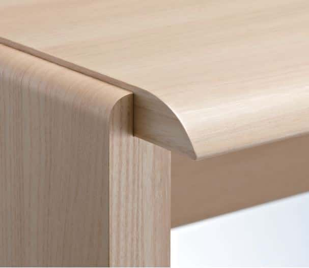 ニューワークスタジオ オープン書棚 DD−B802−NL:長時間の作業でも腕や肘を優しくサポート
