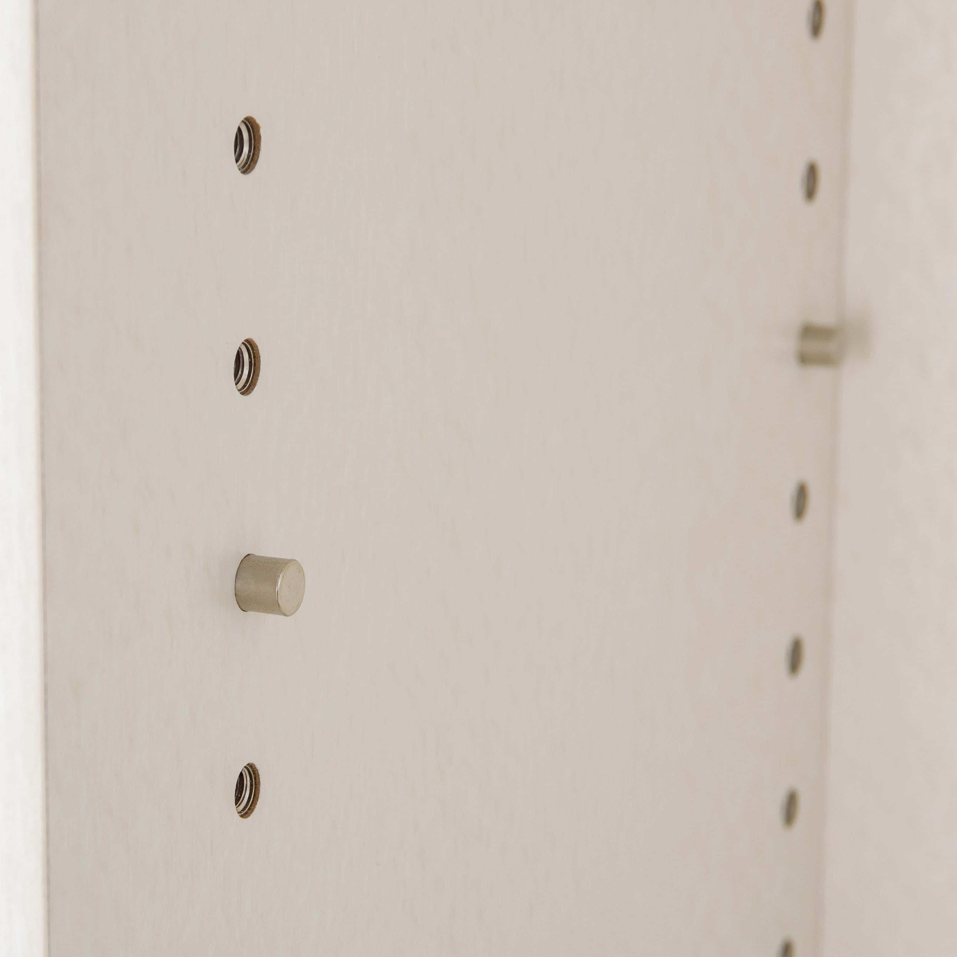小島工芸 書棚 アコード105L(ウォールモカ):キレイに収まる魅せる収納