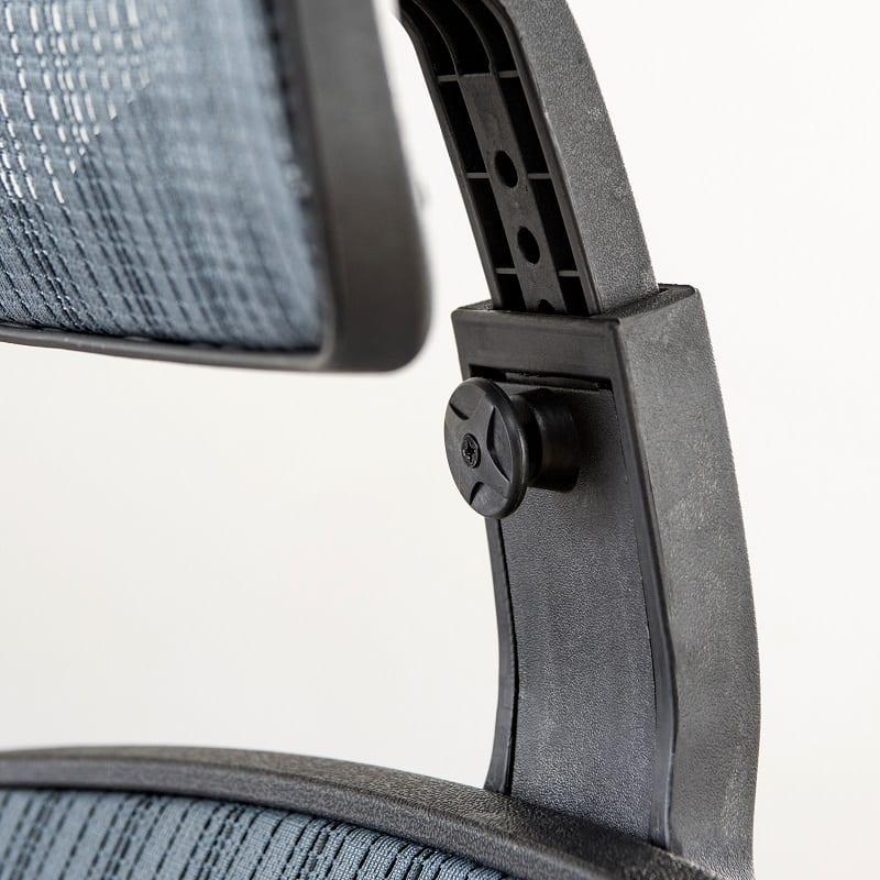 デスクチェアー マスター�V(GR85181):ヘッドの高さも調節可能