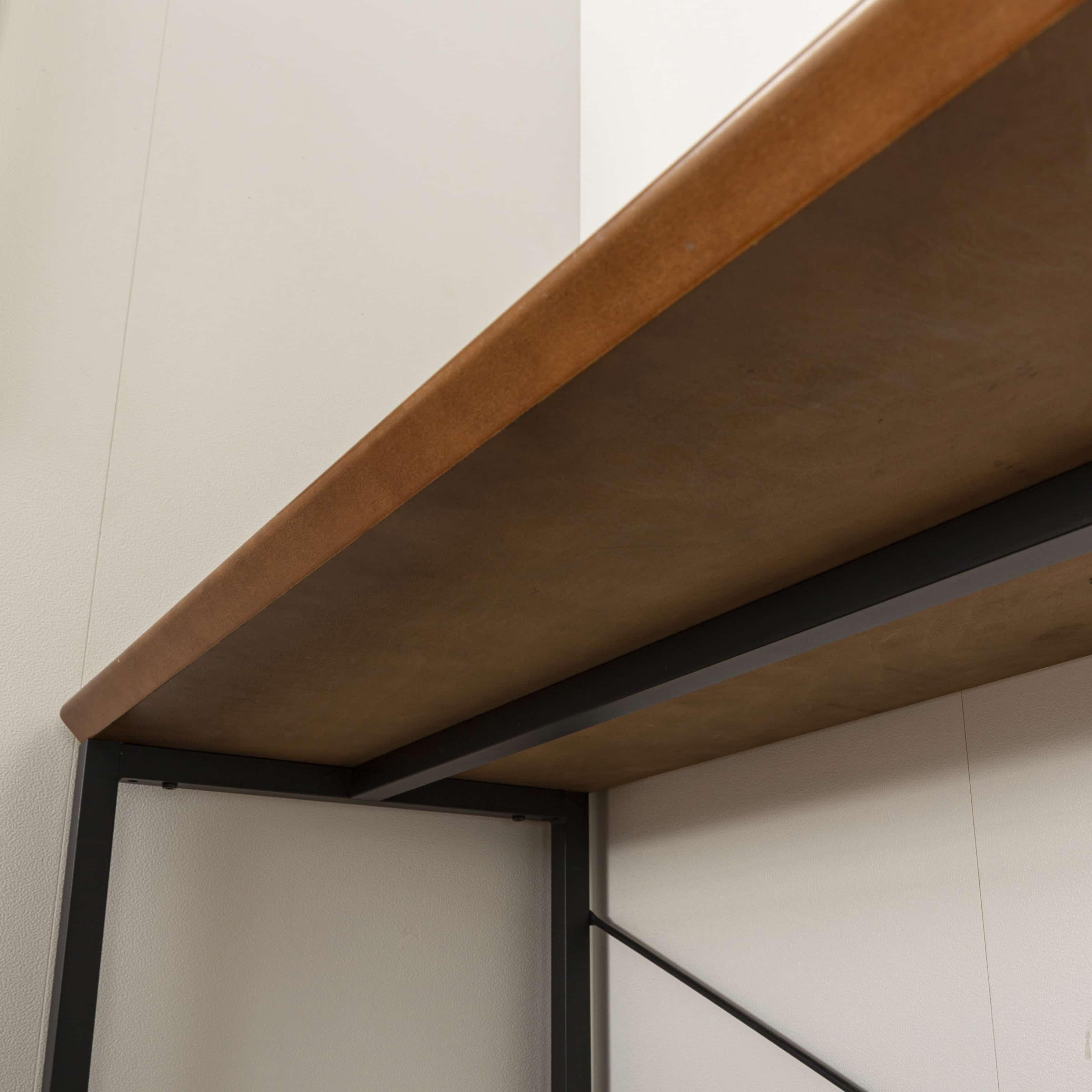 デスク ダンテ 118cm WAL:天板裏側もスッキリ