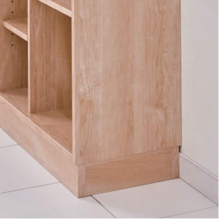 デスクワゴン ホリス DD−HF200−NW:書棚の巾木よけ