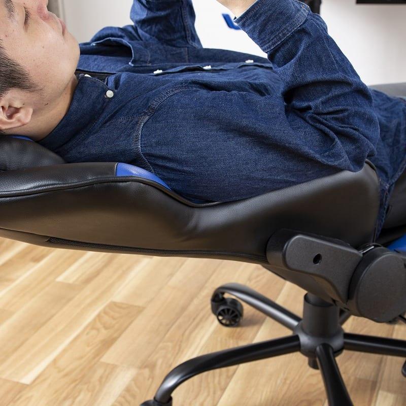 デスクチェア ソアラ フットレスト付(合皮ブルー):身体をしっかり支えるバケットシート
