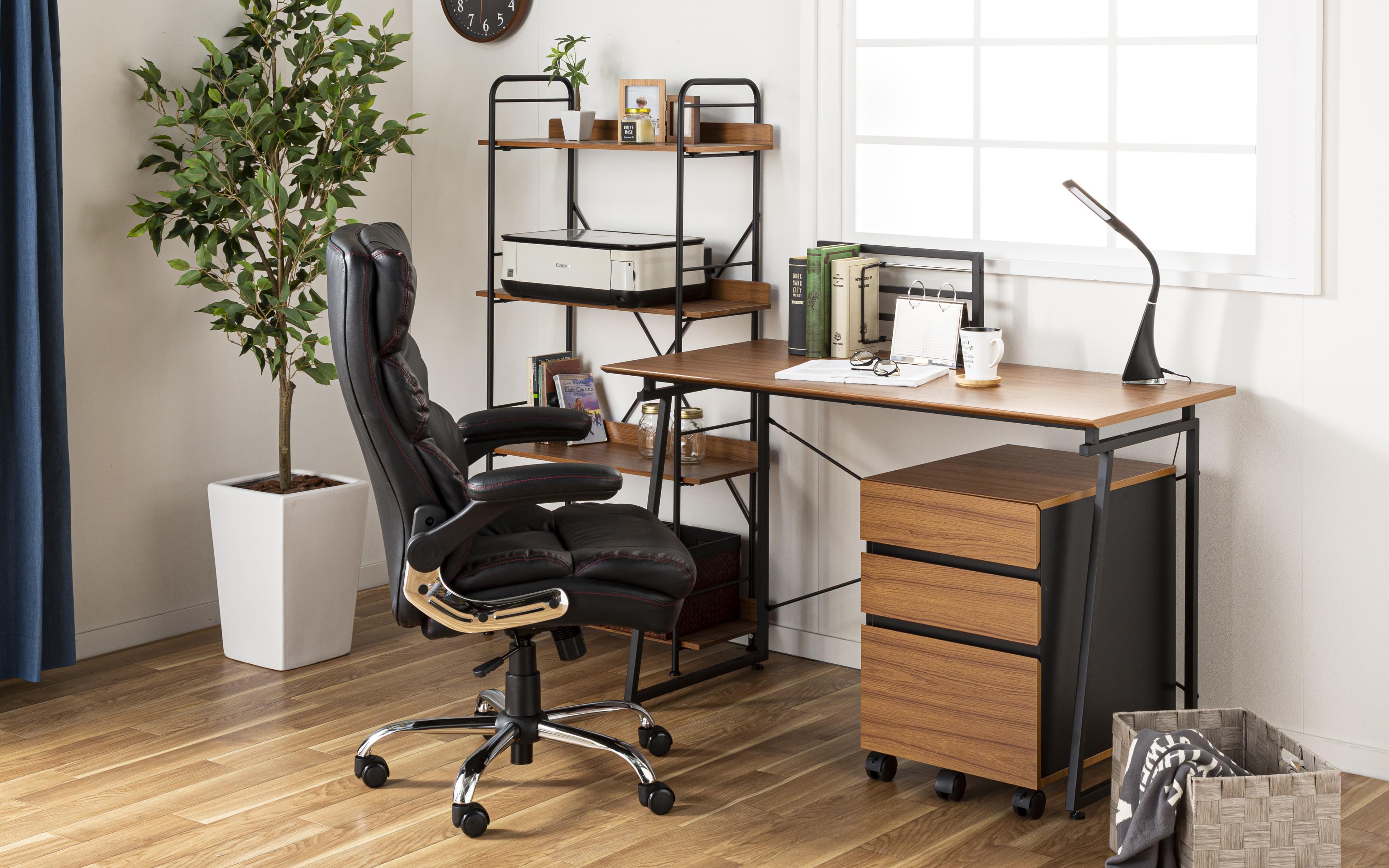 ゆったり座れるマネージャーチェア ブラウン BMC−BR ブラウン:ソファのような座り心地