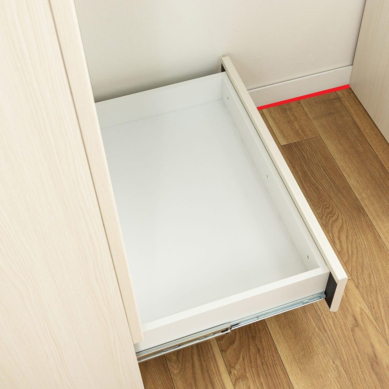 フリーボード マテリア�U 60 ホワイト木目(板戸):頑丈な箱組み構造