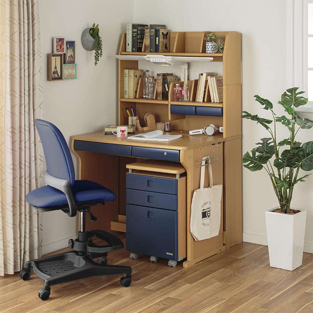 :デスクと本棚で組み合わせパターンは色々