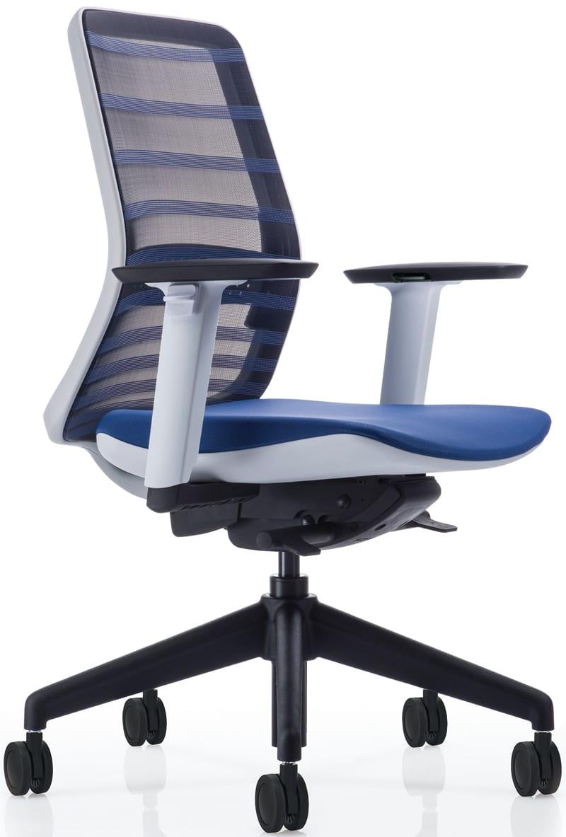 【ネット限定】デスクチェア トニック ホワイト樹脂 肘付 ブルー:現代的なシェルの曲線デザインとメッシュを融合