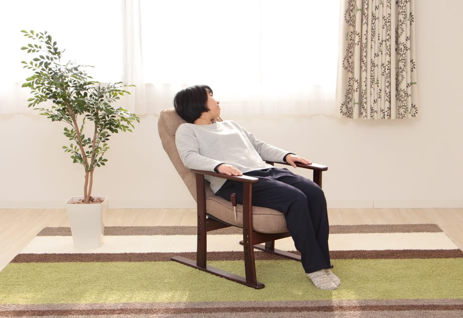 肘付高座椅子 安定型 寧々 83−836