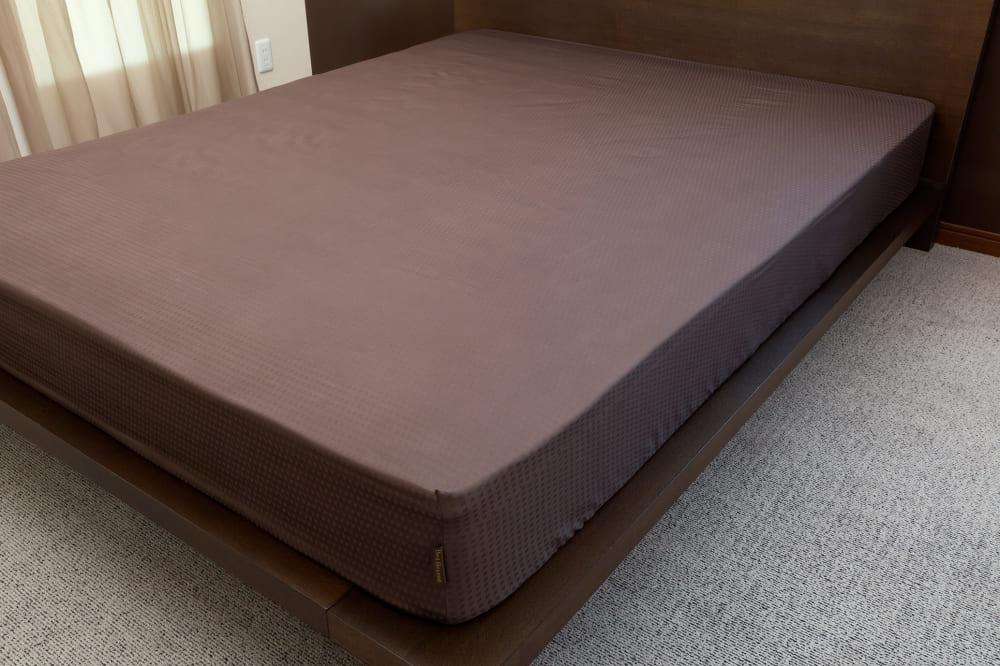 クレモナ(ビターブラウン)ベッドシーツD:綿100%で安心