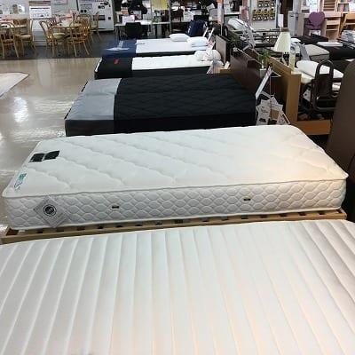 【草加店 展示特価品】 シングルマットレス「フレーム別売り」 LT-500N ソフト