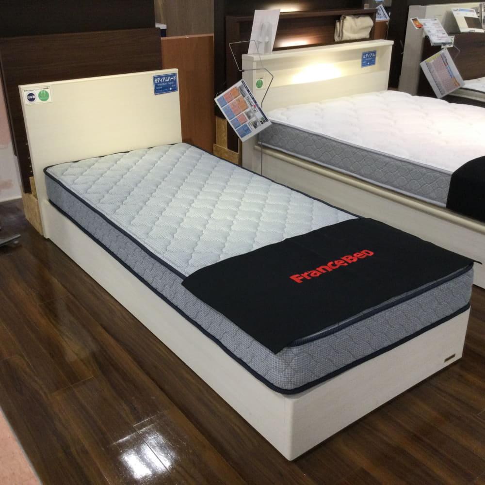【葛西店 展示特価品】 セミシングルベッド シルバー800DX/チョイスミーF  フランスベッド