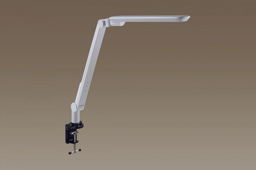 LEDデスクスタンド SQ−LC518−W:文字くっきり光(6200K)で広範囲を明るく照らします