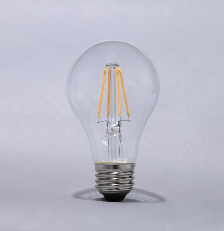 LEDフィラメント電球 【40W】【E26】 LDA4L-G-FC:白熱電球のように全方向に光が広がるのLEDフィラメント電球
