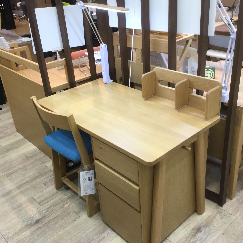 【大和店 展示特価品】 学習机(チェア、ワゴン、ライト付) No.6004デスクユニット